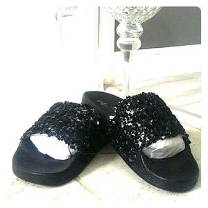 Shoes - Womens Black Bling Indoor/Outdoor Saddle Slippers